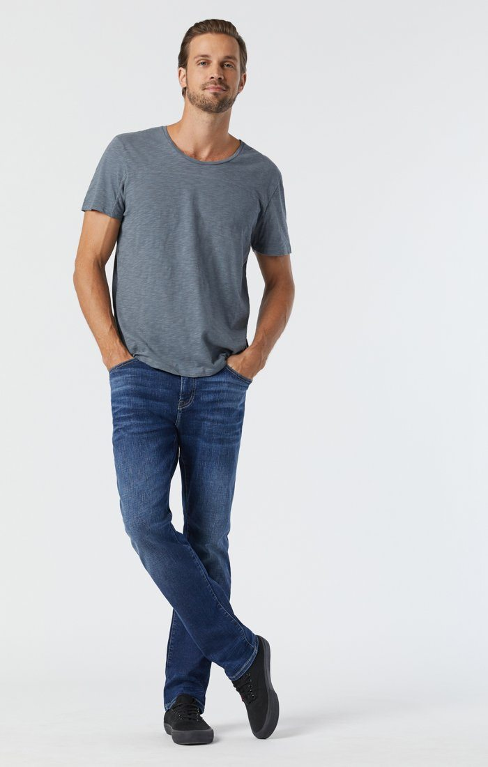 ZACH STRAIGHT LEG IN DARK INDIGO ORGANIC MOVE - Mavi Jeans