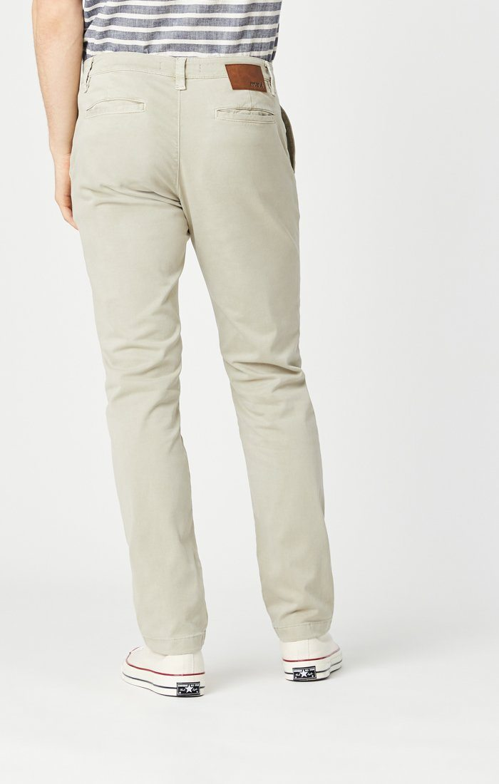 EDWARD SLIM STRAIGHT CHINO IN STONE GREY SATEEN TWILL Image 3