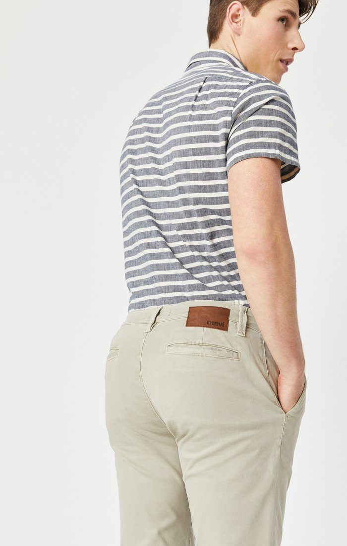 EDWARD SLIM STRAIGHT CHINO IN STONE GREY SATEEN TWILL Image 4