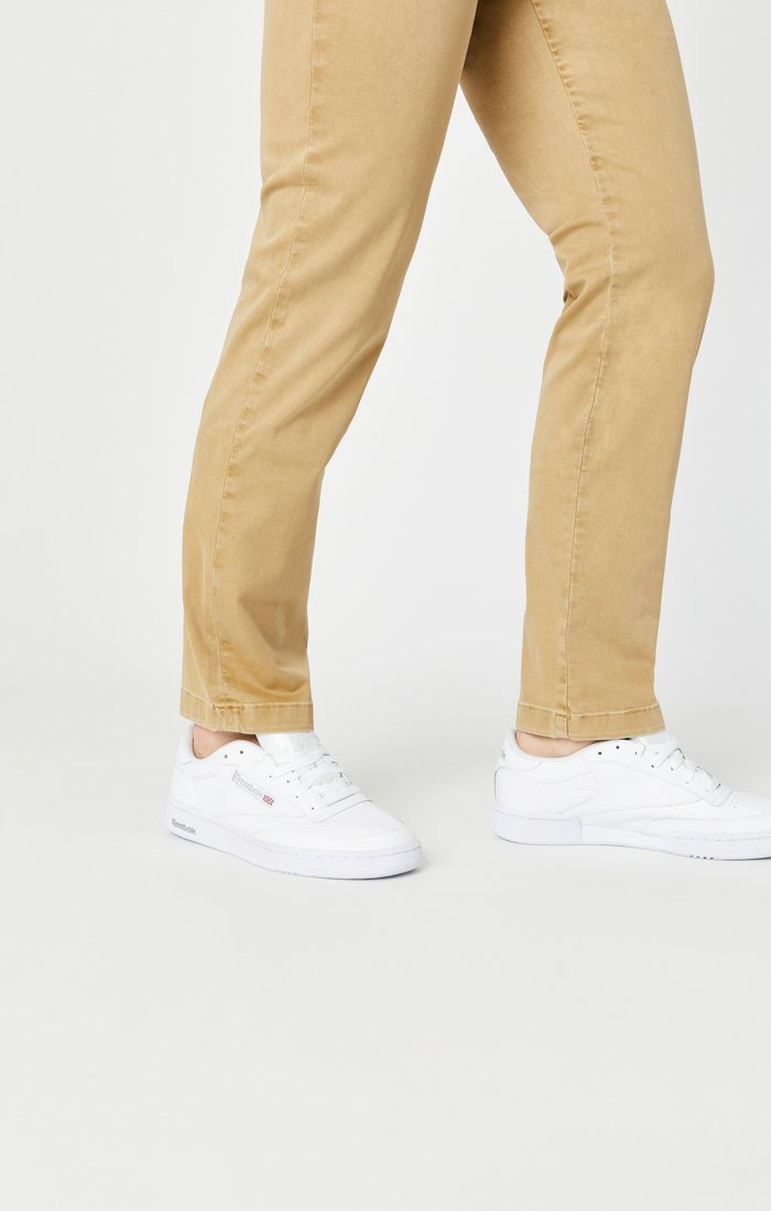 EDWARD SLIM STRAIGHT CHINO IN LATTE SATEEN TWILL Image 8
