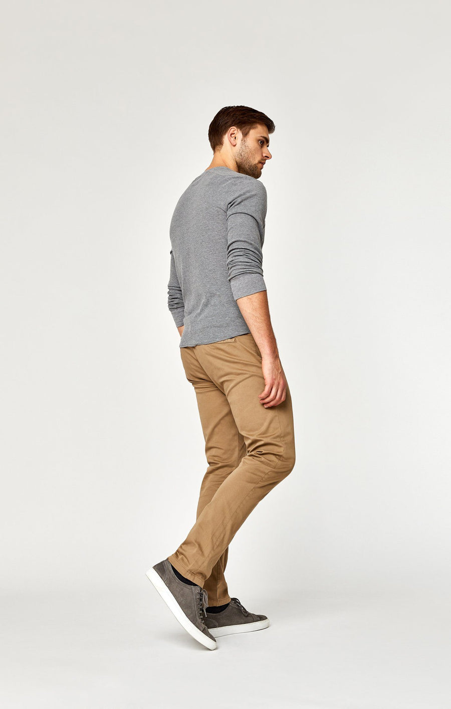 JOHNNY SLIM LEG CHINO IN BRITISH KHAKI TWILL - Mavi Jeans