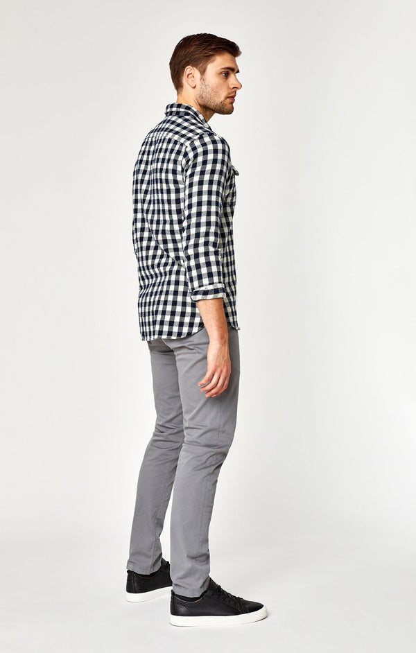 EDWARD CHINO IN STONE GREY TWILL - Mavi Jeans