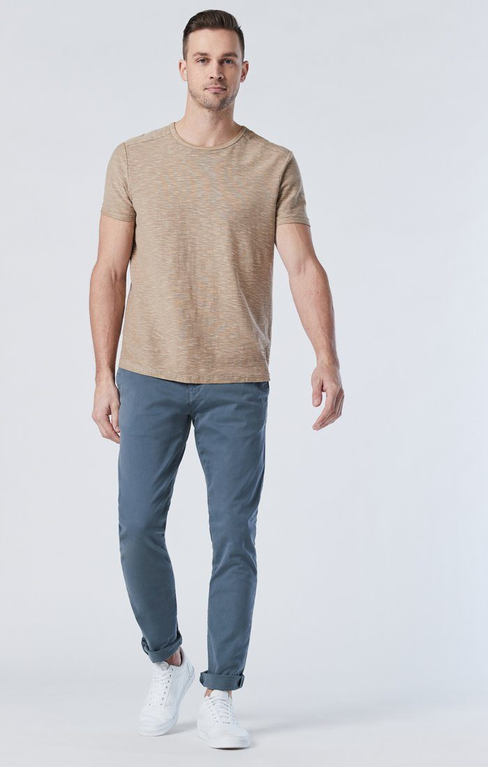 JOHNNY SLIM CHINO IN STORMY WEATHER SATEEN Image 3