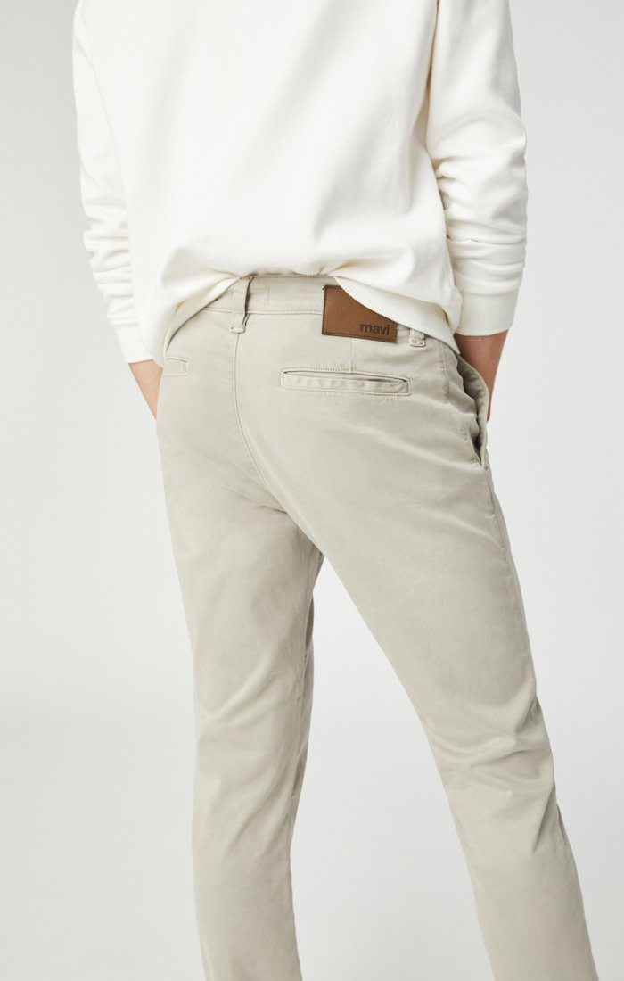 JOHNNY SLIM CHINO IN STONE GREY SATEEN Image 7