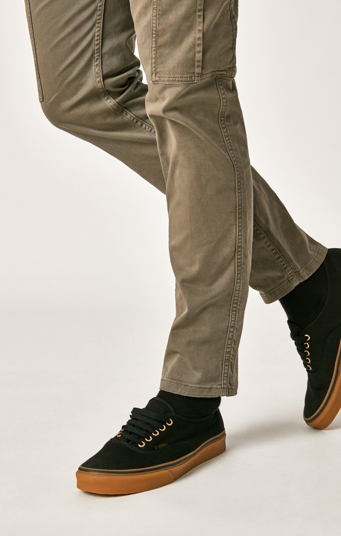 MARCUS SLIM STRAIGHT CARGO IN LATTE TWILL - Mavi Jeans