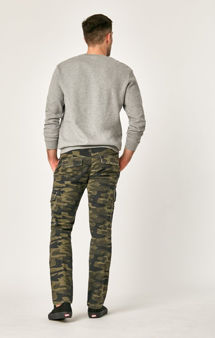 MARCUS SLIM STRAIGHT CARGO IN MILITARY CAMO - Mavi Jeans