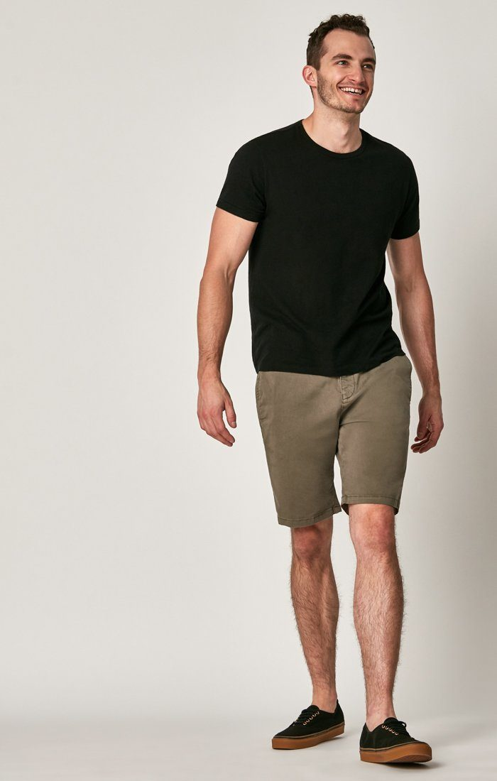 MATTEO SHORTS IN DUSTY OLIVE SATEEN TWILL - Mavi Jeans