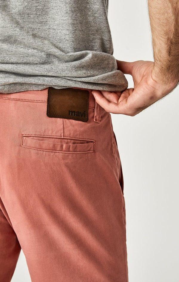 JACOB SHORTS IN BRICK DUST SUMMER TWILL - Mavi Jeans