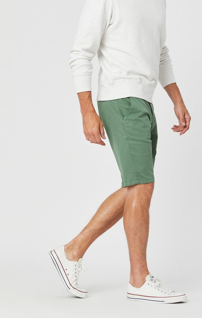 JACOB SHORTS IN GRASS TWILL Image 2