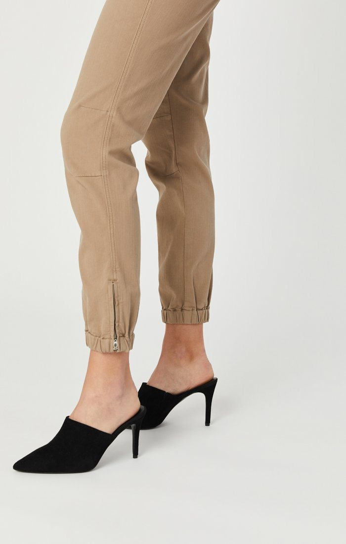 IVY SLIM CARGO PANTS IN CAPPUCCINO TWILL Image 7