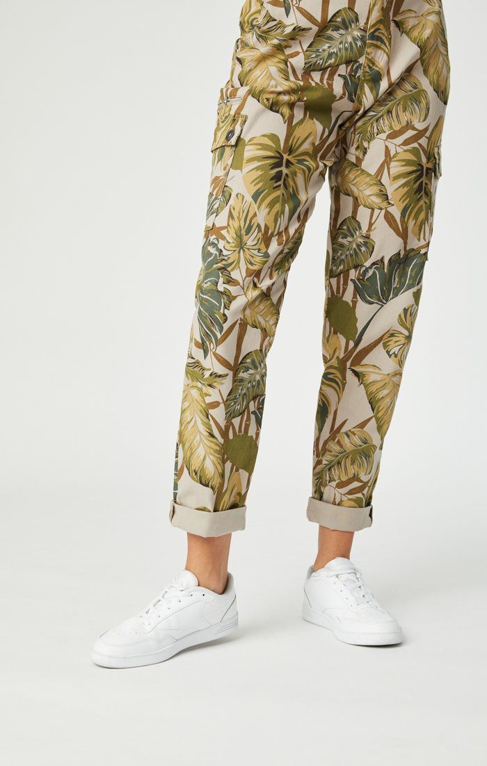 DENISE CARGO PANT IN SAFARI TWILL Image 8