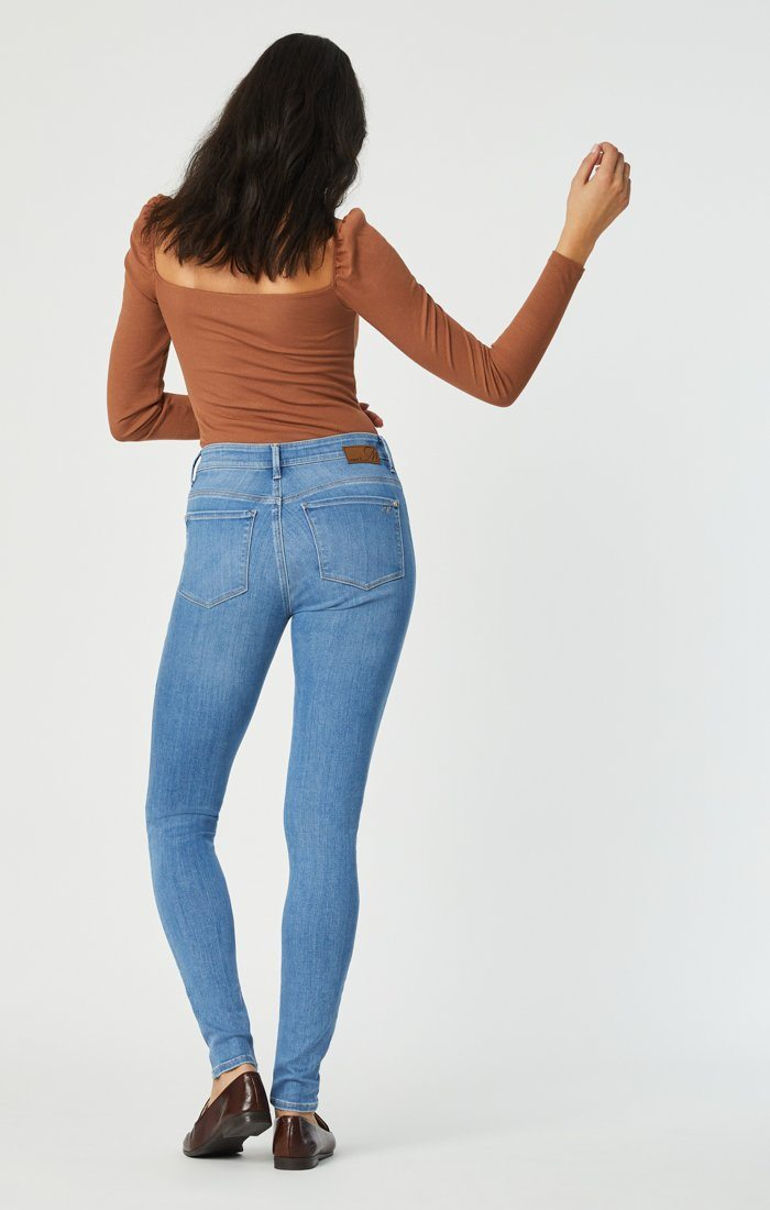 ALISSA SUPER SKINNY IN LIGHT SUPERSOFT - Mavi Jeans