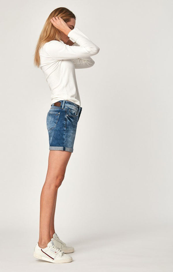 PIXIE SHORTS IN MID INDIGO STR - Mavi Jeans