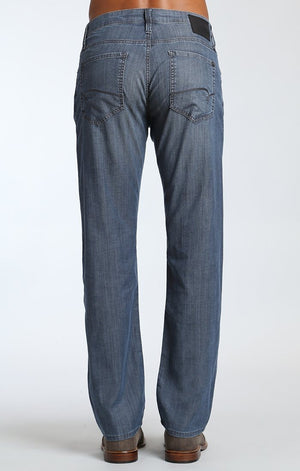 ZACH STRAIGHT LEG IN DARK CHAMBRAY - Mavi Jeans