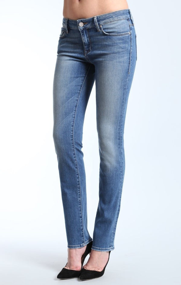 KERRY STRAIGHT LEG IN LIGHT NOLITA - Mavi Jeans