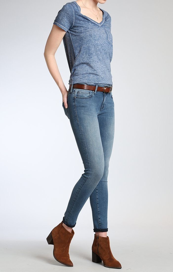 ADRIANA SUPER SKINNY IN LIGHT FOGGY BLUE TRIBECA