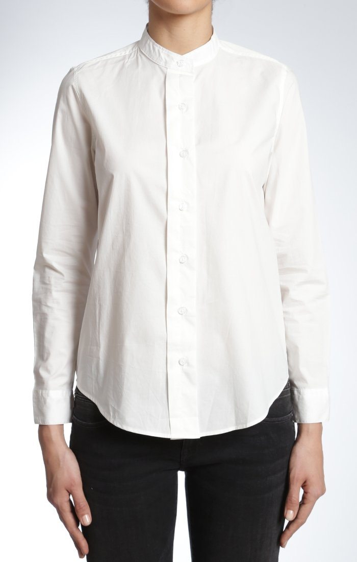 CHLOE ROUND COLLAR SHIRT IN WHITE