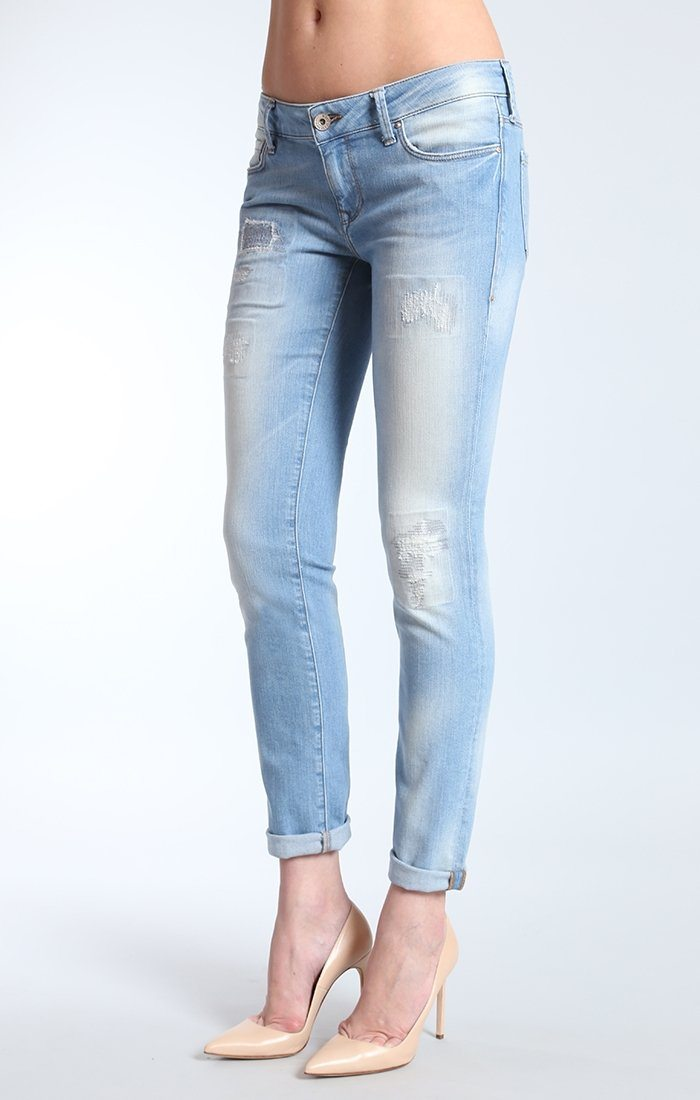 EMMA SLIM BOYFRIEND IN RIP AND REPAIR VINTAGE - Mavi Jeans