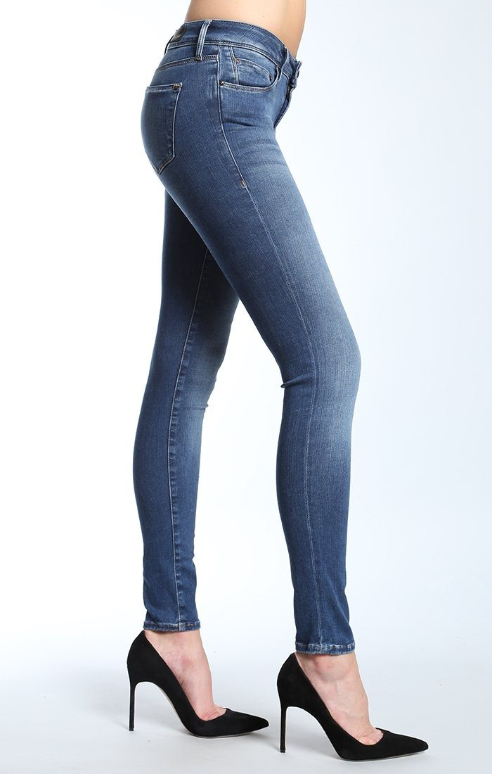 ADRIANA SUPER SKINNY IN MID GOLD REFORM XP - Mavi Jeans