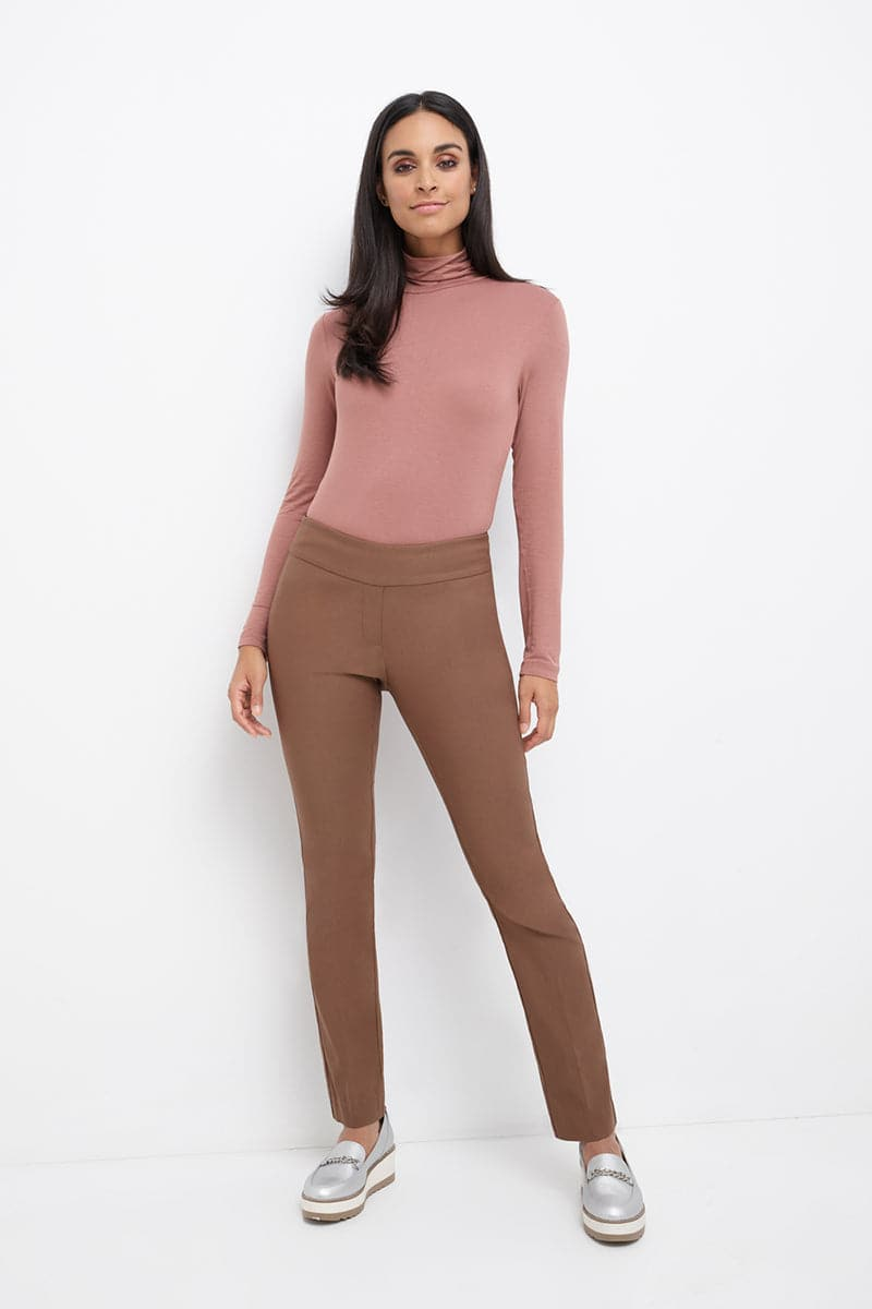Straight leg pants with tummy control