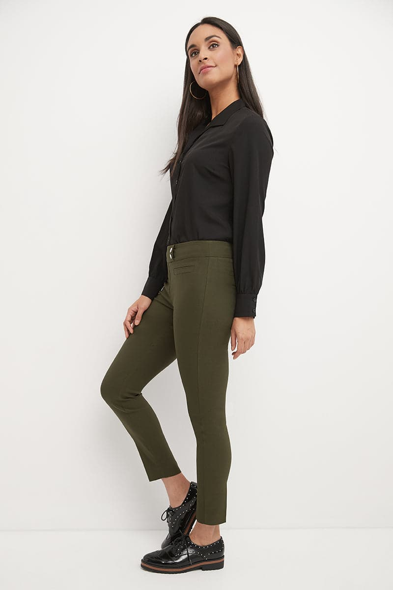 Ease into Comfort Slim Ankle Pant With Snaps