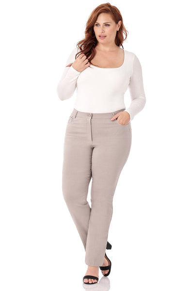 Curvy Woman 5 Pocket Straight Leg Plus Size Pant with Zipper