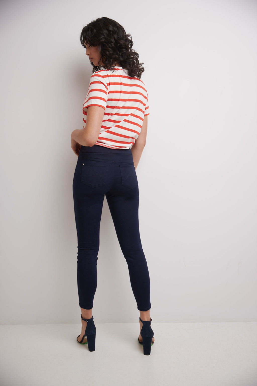 Secret Figure Skinny Pull-On Jeans with Pockets & Belt Loops
