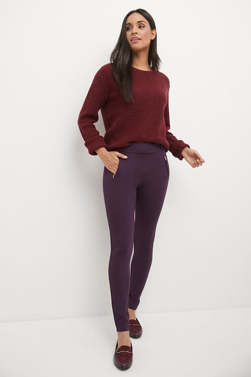 Pull-on Dress Pants with a Slimming Silhouette