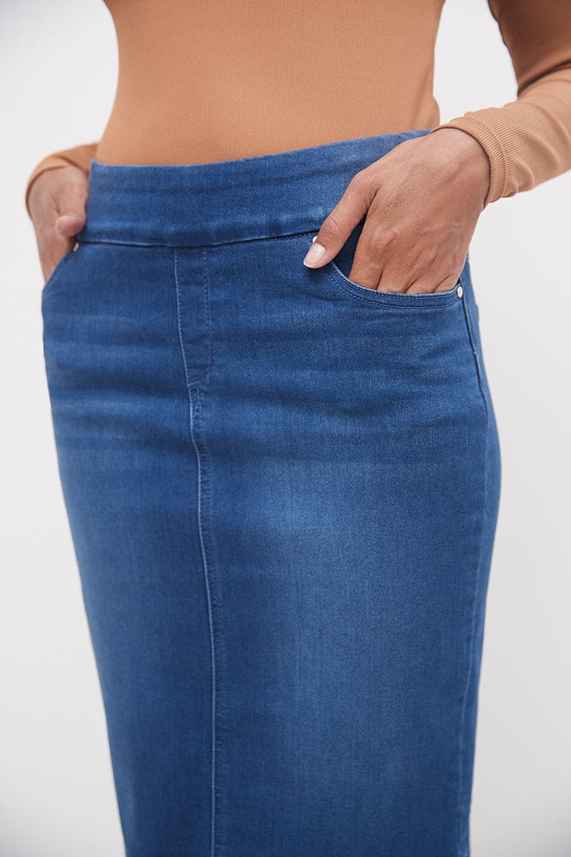 Pull-on Denim Skirt with 5 Pockets