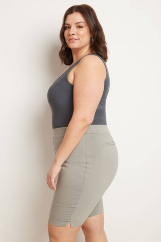 "Curvy Pull-on 12"" City Shorts with Tummy Control"