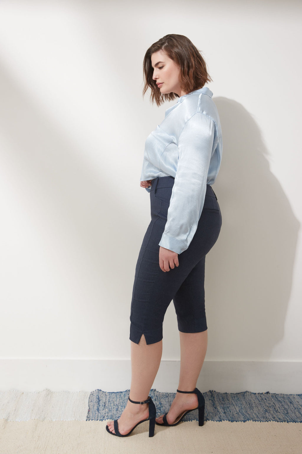 Slimming Plus Size Capris with Real Pockets