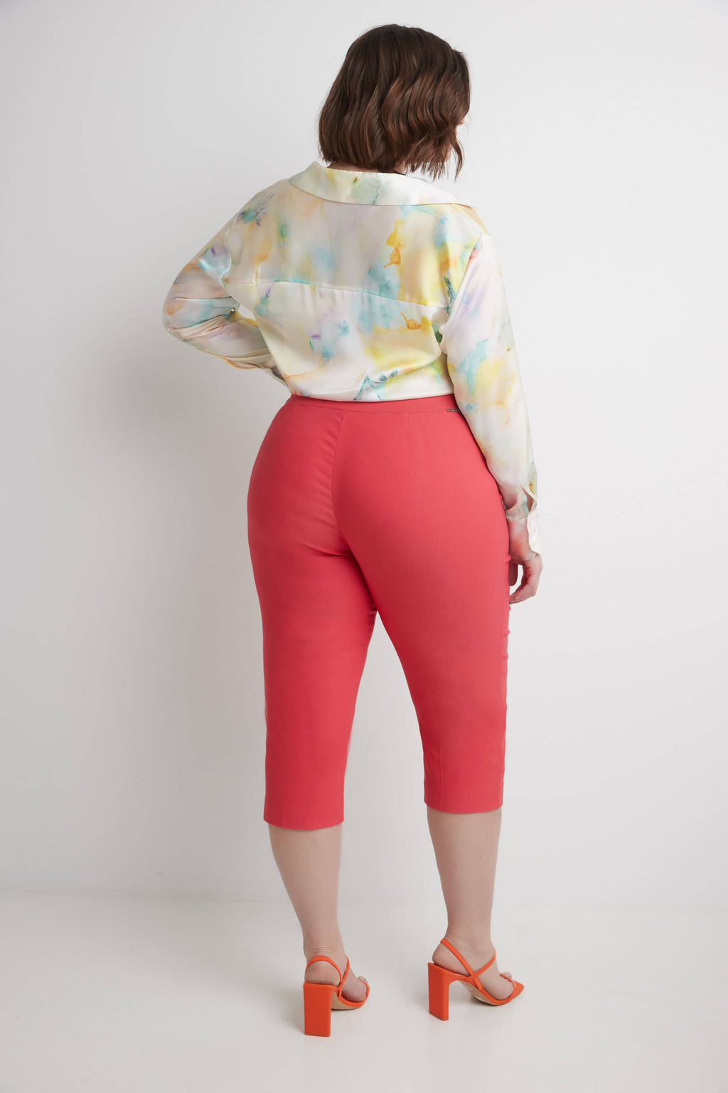 Curvy Capri with Flattering Wide Waistband
