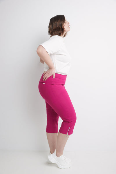 Curvy Woman Plus Size Chic Capri with Zipper detail