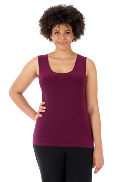 Travel in Rekucci Style - Curvy Woman Essential Knit Scoop Neck Sleeveless Plus Size Top