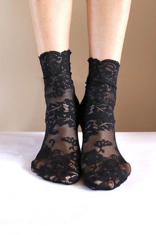 Tatiana Scallop Lace Embroidered Sock