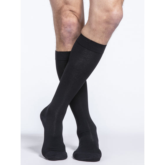 Sigvaris Cotton Men's 20-30 mmHg Knee w/ Silicone Band Grip Top, Black