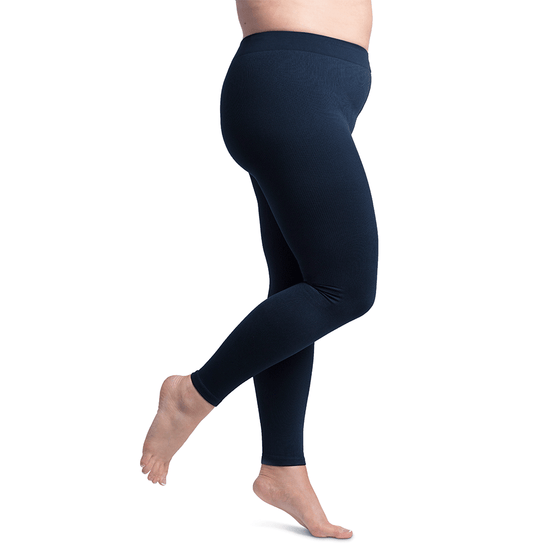 Sigvaris Soft Silhouette Women's 15-20 mmHg Hipster Leggings, Midnight Blue