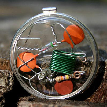 Pocket Super Charger Cleanser Amulet Beta-Blocker CQR - Crystal Quantum Radio™ in Sterling Silver bezel