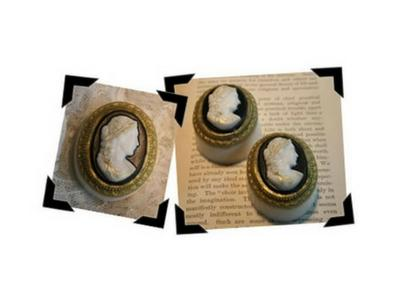 Beautiful (& Easy) Victorian Cameo Soaps