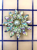 Pin - Aurora and Pearl Crystal Pin
