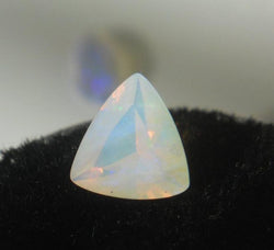 .73 CT OPAL RED/ORANGE/BLUE/GREEN JELLY CRYSTAL