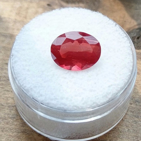 2.57ct EXCELLENT RED ANDESINE