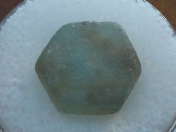 11.05 CTS. PERFECT SIX SIDED LIGHT LEAF GREEN MONTANA SAPPHIRE