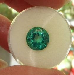 4.36 CTS EMERALD GREEN ROUND FANCY CUT TOPAZ