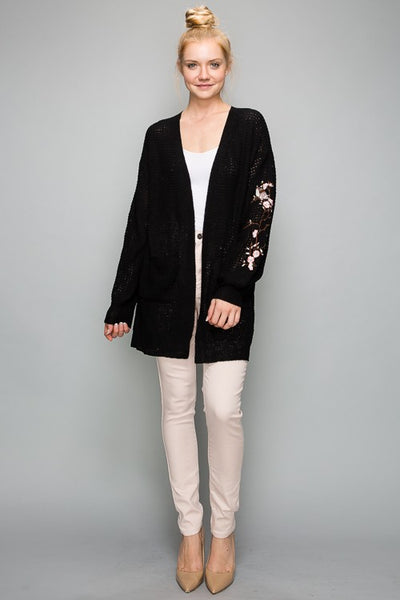 IS4014 Floral Embroidered Knit Cardigan