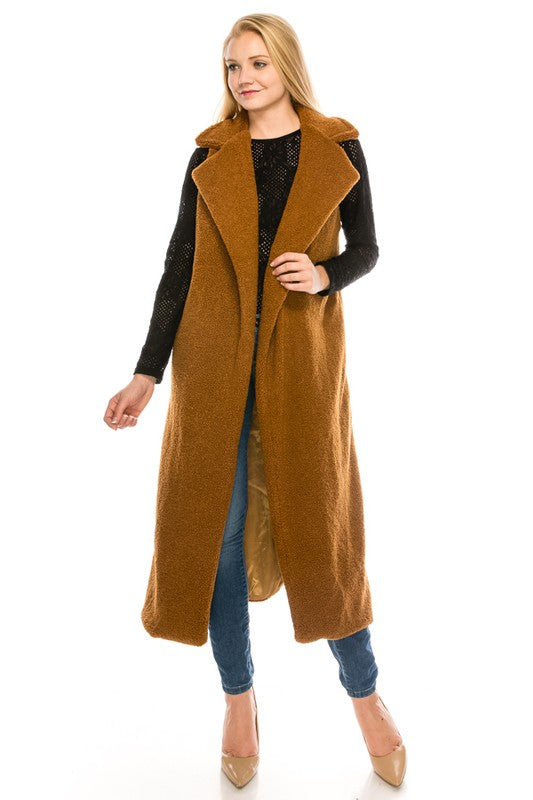 6073 Faux Fur Vest Featured In A Long Silhouette Vest