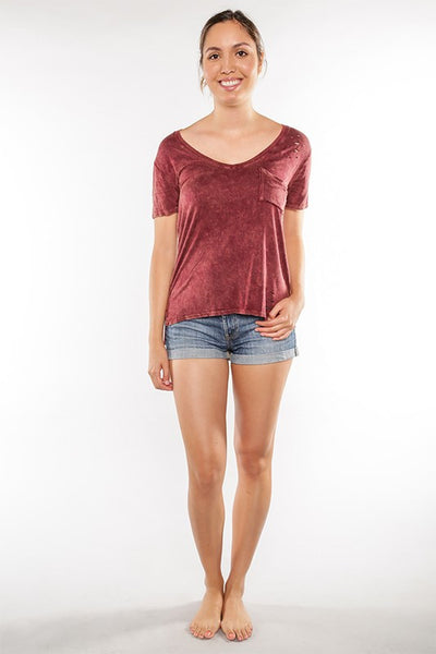 AT1062 Distressed Mineral Wash Top with Pocket