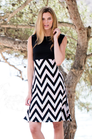 Sleeveless Zigzag Dress