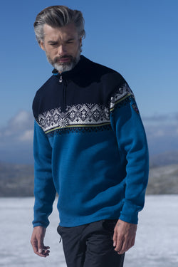 Moritz Masculine Sweater in 4 Colors