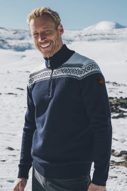 Cortina Merino Masculine Sweater in 2 Colors